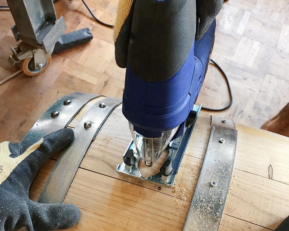 Transformer Un Tonneau En Bar upcycling: le tonneau-bar pour l'intérieur et l'extérieur