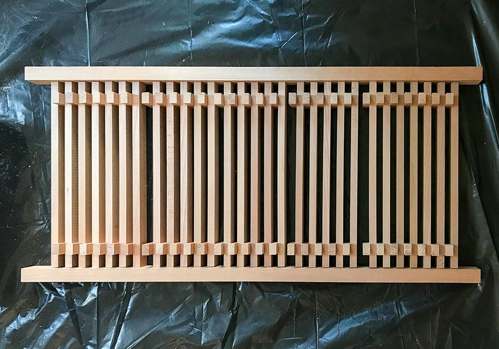 diy anleitung f r ein schuhgestell mit integrierter sitzbank. Black Bedroom Furniture Sets. Home Design Ideas