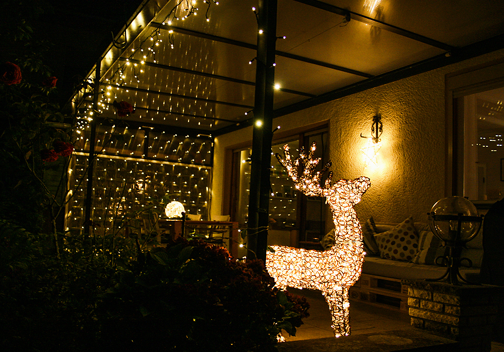 Weihnachtsbeleuchtung Für Draußen.Stimmungsvoll Und Unkompliziert Lichterzauber Zur Weihnachtszeit